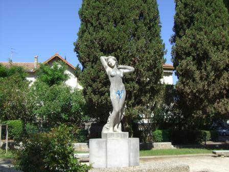 discovering les arceaux in montpellier